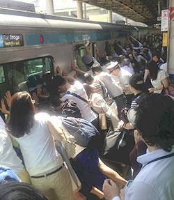 Sauvée du métro
